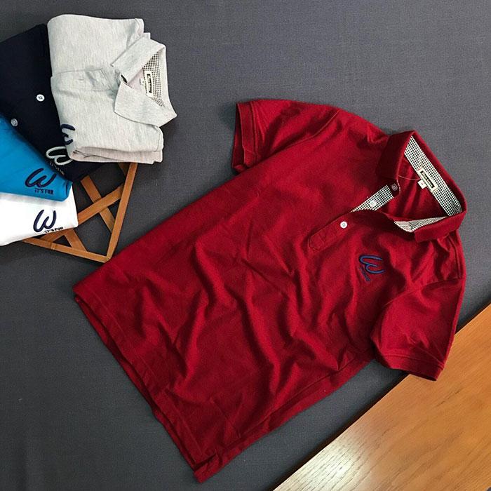 Sỉ số lượng lớn áo thun nam trơn It's For cổ bẻ có 3 nút cài màu đỏ