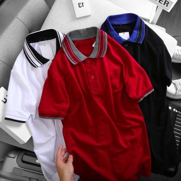 Áo thun nam cổ bẻ logo ở ngực trái phối viền ở cổ và tay áo