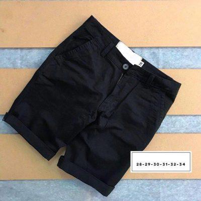 Quần short kaki 2 túi chéo trước với phần lưng dây thắt nịt đen
