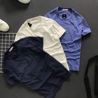 Sỉ sll áo thun nam cổ tròn với biểu tượng cá mập tiệp màu ở ngực